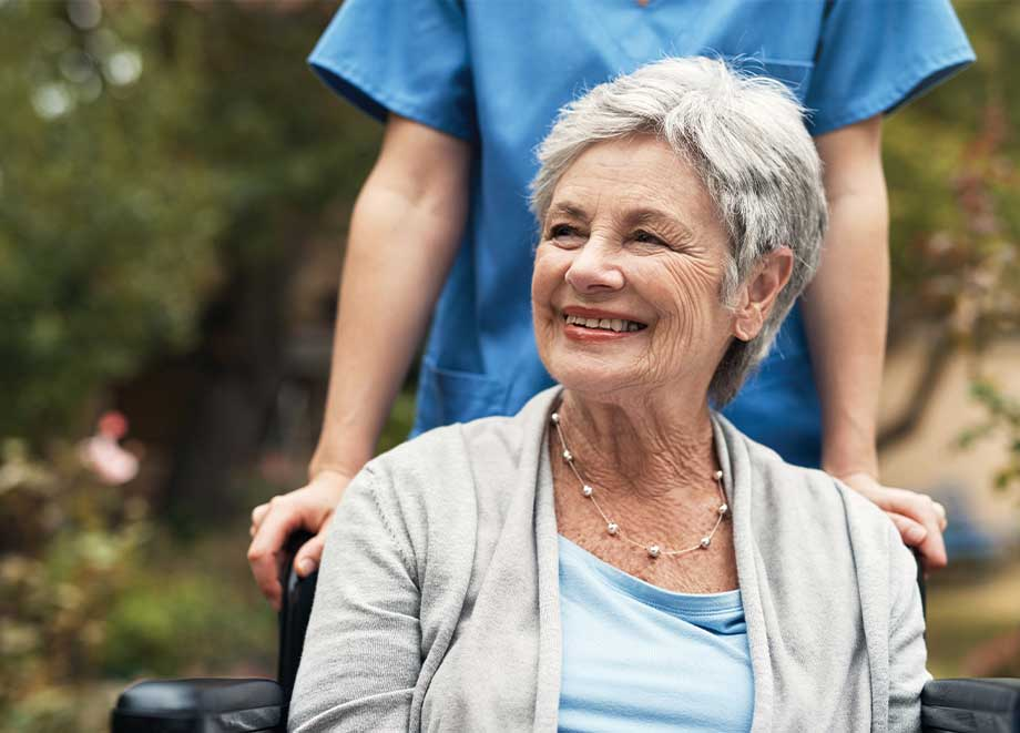 When to Move Seniors from Assisted Living to Memory Care